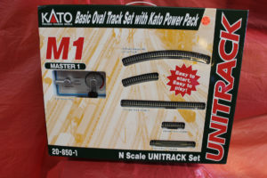 kato-basic-oval-track-set-1920x